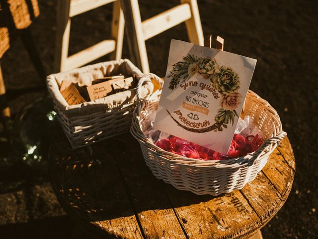 La boda de César y Elena en Los Rodeos (Isla De Lanzarote), Las Palmas 29