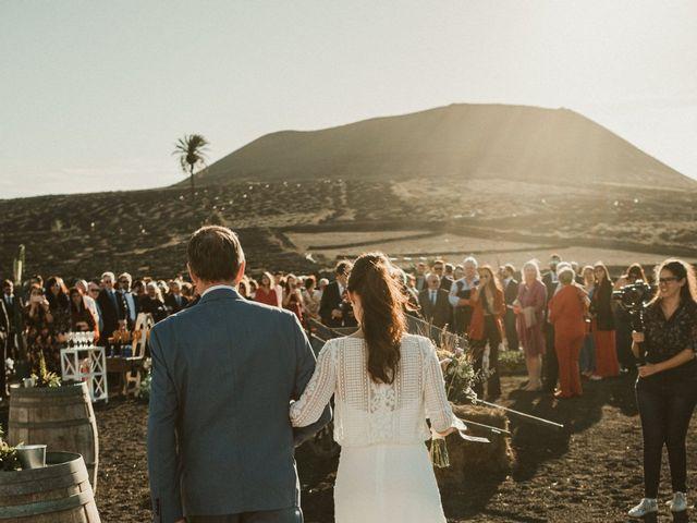 La boda de César y Elena en Los Rodeos (Isla De Lanzarote), Las Palmas 41