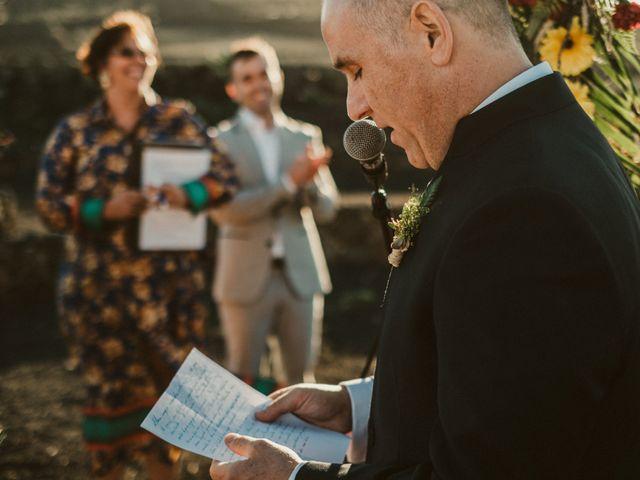 La boda de César y Elena en Los Rodeos (Isla De Lanzarote), Las Palmas 55