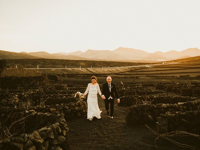 La boda de César y Elena en Los Rodeos (Isla De Lanzarote), Las Palmas 71