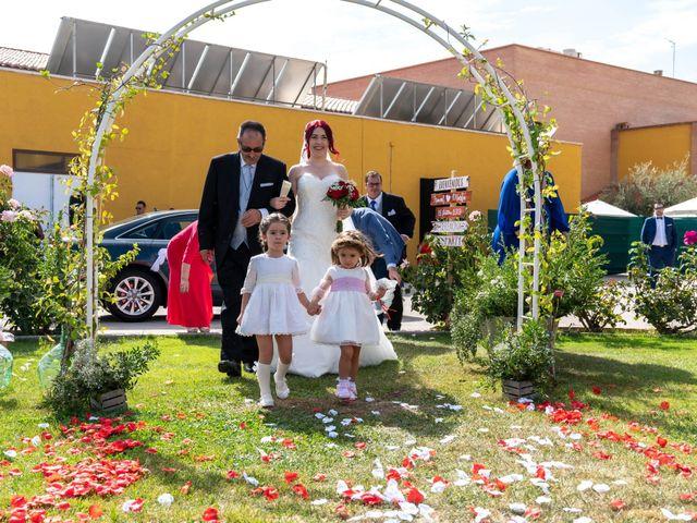La boda de Ismael y Marta en Puertollano, Ciudad Real 17
