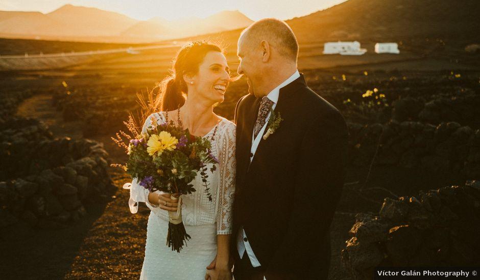 La boda de César y Elena en Los Rodeos (Isla De Lanzarote), Las Palmas