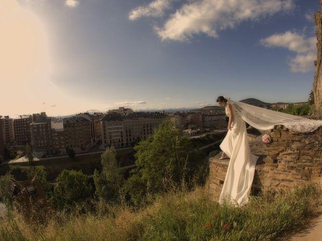 La boda de Erik y Carol en San Andres De Montejos, León 33