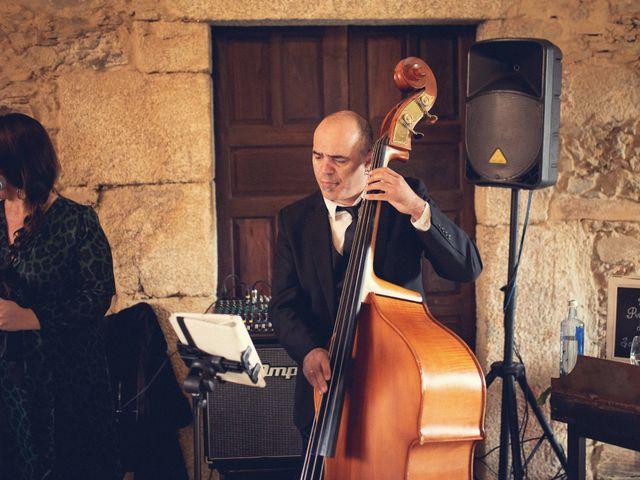 La boda de Adrián y María en San Tirso (Mens), A Coruña 53