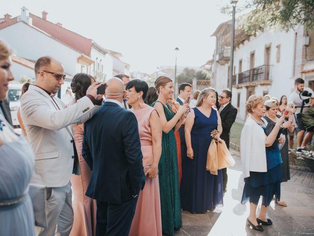 La boda de Victor y Isaura en Luanco, Asturias 28