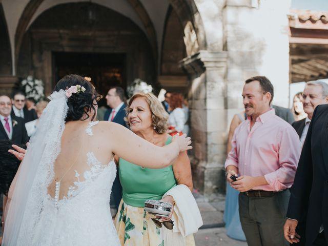 La boda de Victor y Isaura en Luanco, Asturias 30