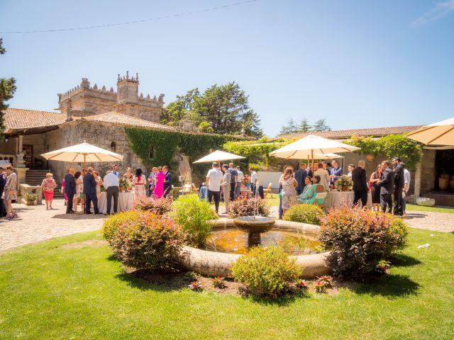 La boda de Quique y Cris en Nigran, Pontevedra 25