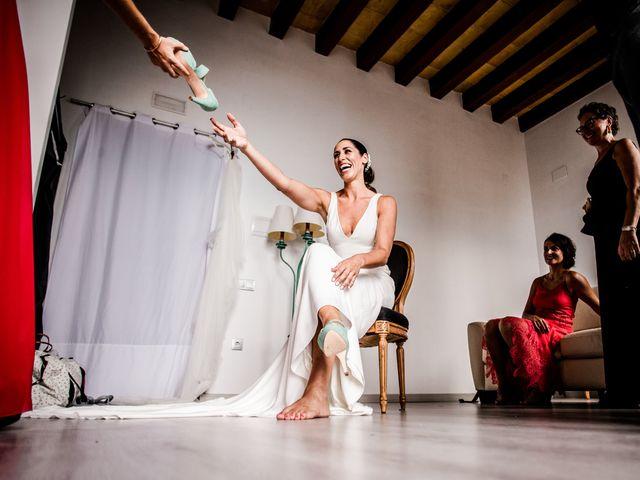 La boda de Maria y Hugo en Vilanova I La Geltru, Barcelona 5