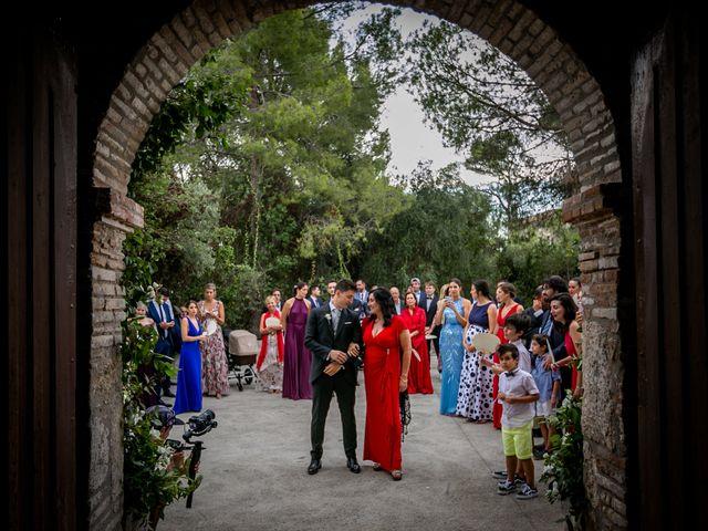 La boda de Maria y Hugo en Vilanova I La Geltru, Barcelona 14