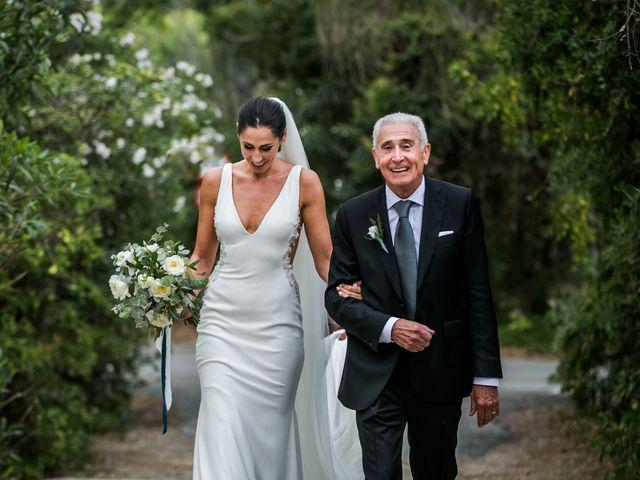 La boda de Maria y Hugo en Vilanova I La Geltru, Barcelona 16