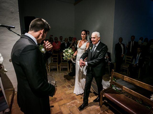La boda de Maria y Hugo en Vilanova I La Geltru, Barcelona 19