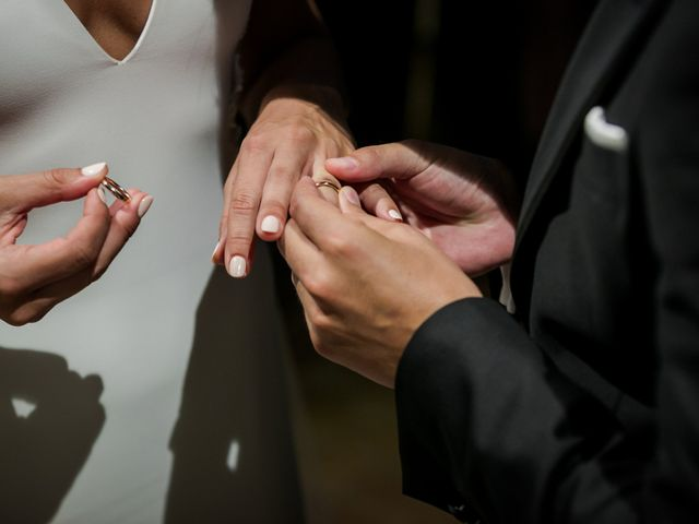 La boda de Maria y Hugo en Vilanova I La Geltru, Barcelona 23