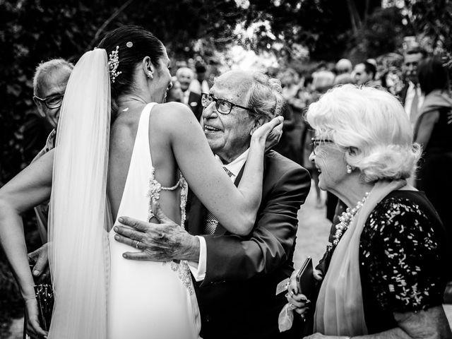 La boda de Maria y Hugo en Vilanova I La Geltru, Barcelona 35