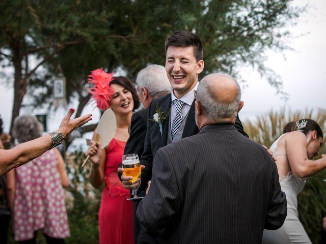 La boda de Maria y Hugo en Vilanova I La Geltru, Barcelona 46