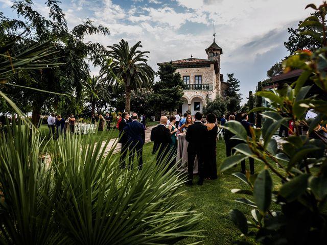 La boda de Maria y Hugo en Vilanova I La Geltru, Barcelona 53