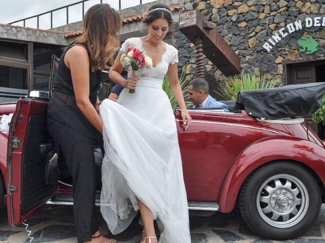 La boda de Salva y Desire en Los Realejos, Santa Cruz de Tenerife 14