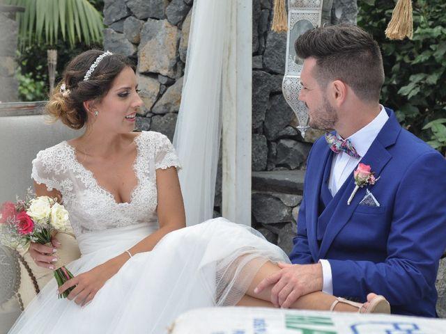La boda de Salva y Desire en Los Realejos, Santa Cruz de Tenerife 15
