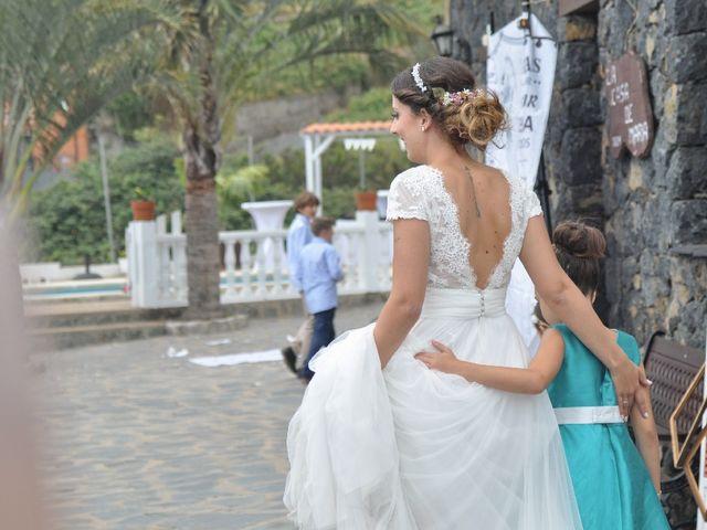 La boda de Salva y Desire en Los Realejos, Santa Cruz de Tenerife 17