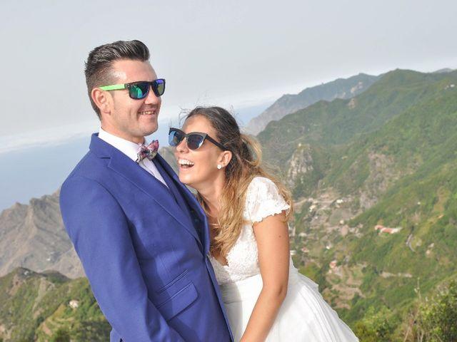 La boda de Salva y Desire en Los Realejos, Santa Cruz de Tenerife 24