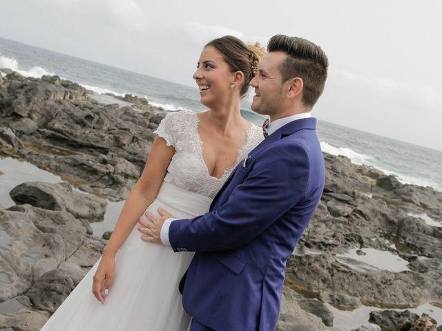 La boda de Salva y Desire en Los Realejos, Santa Cruz de Tenerife 26