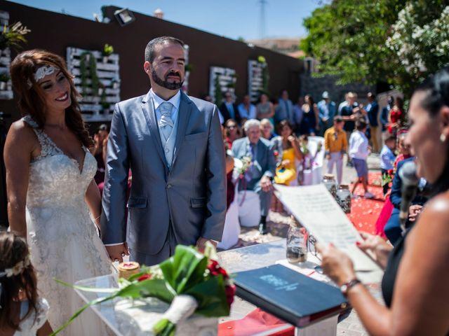 La boda de Jonnhy y Yurena en Candelaria, Santa Cruz de Tenerife 12