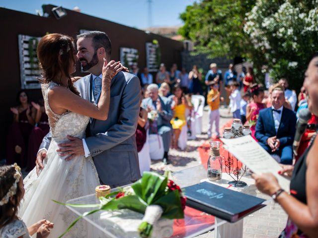 La boda de Jonnhy y Yurena en Candelaria, Santa Cruz de Tenerife 13