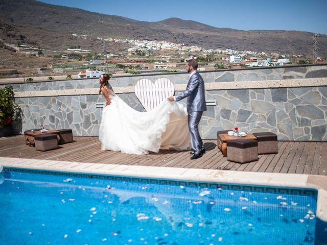 La boda de Jonnhy y Yurena en Candelaria, Santa Cruz de Tenerife 19