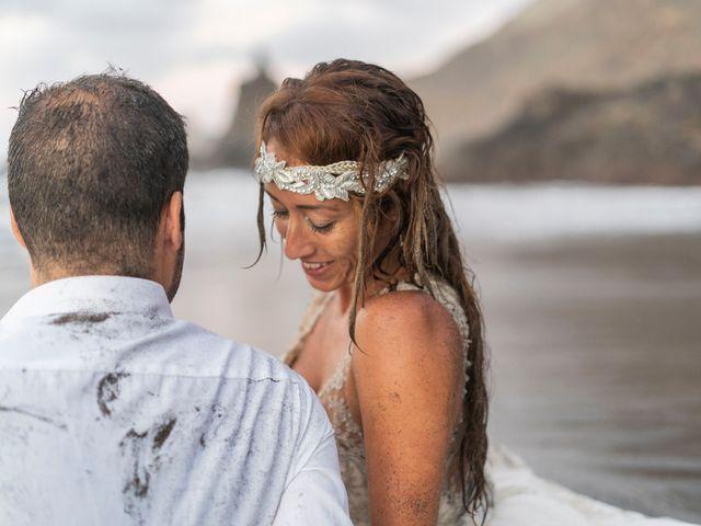 La boda de Jonnhy y Yurena en Candelaria, Santa Cruz de Tenerife 42
