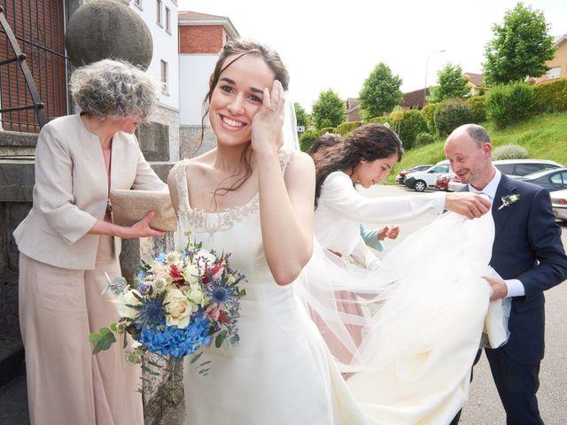 La boda de Lucas y Lucía en Oviedo, Asturias 25