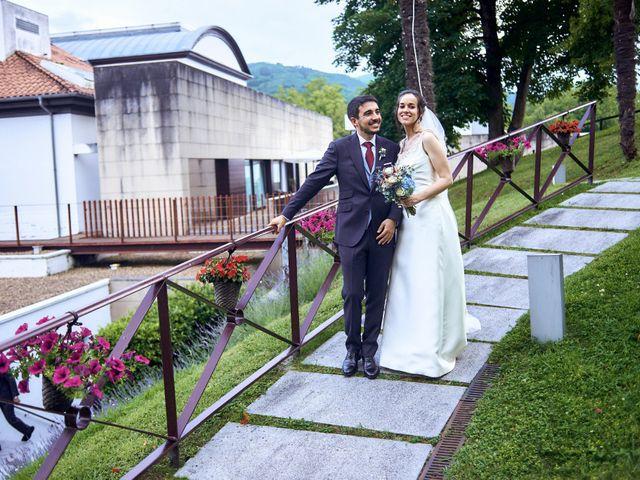 La boda de Lucas y Lucía en Oviedo, Asturias 92