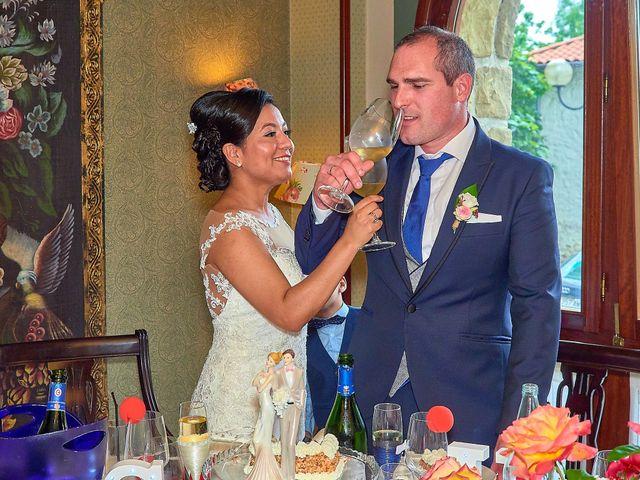 La boda de Unai y Sandy en Itziar, Guipúzcoa 41