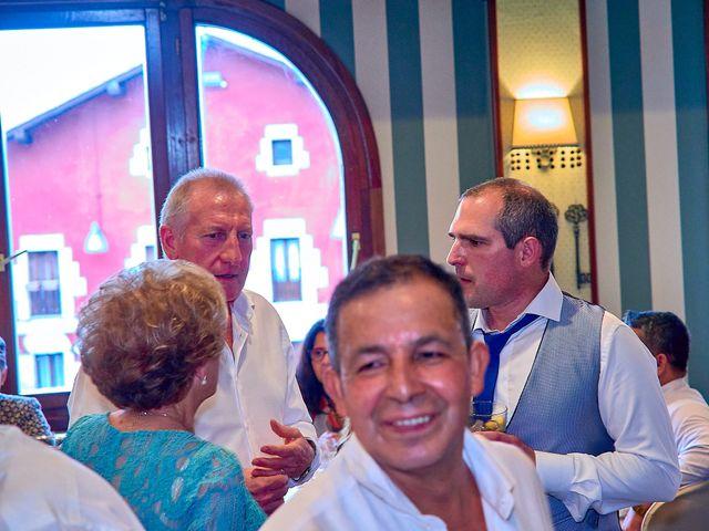 La boda de Unai y Sandy en Itziar, Guipúzcoa 55