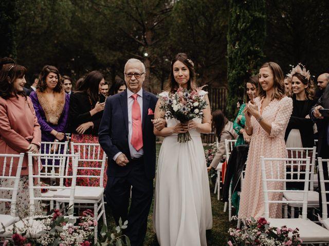 La boda de J. Bernabé y Irene en Valdetorres De Jarama, Madrid 43