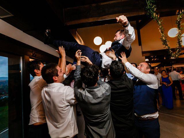 La boda de Ander y Nagore en Donostia-San Sebastián, Guipúzcoa 42