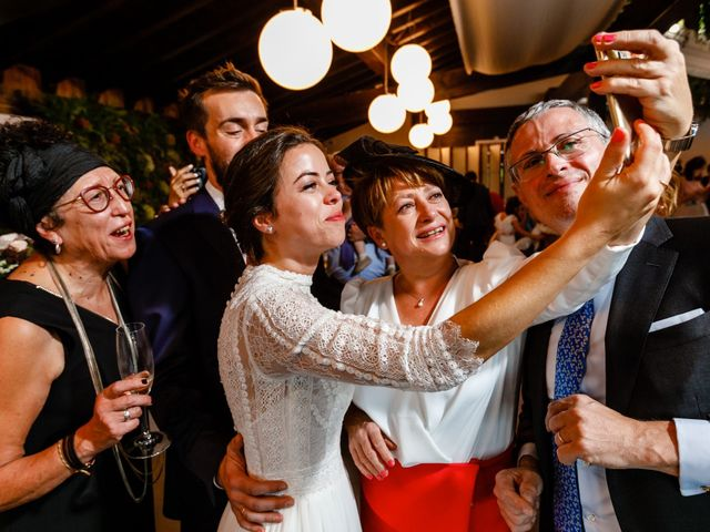 La boda de Ander y Nagore en Donostia-San Sebastián, Guipúzcoa 46