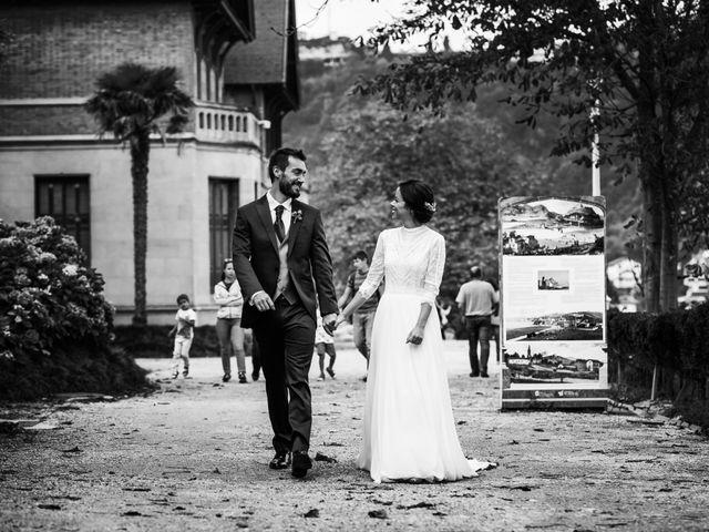 La boda de Ander y Nagore en Donostia-San Sebastián, Guipúzcoa 57