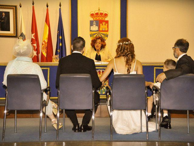 La boda de Víctor y Natalia en Yunclillos, Toledo 14