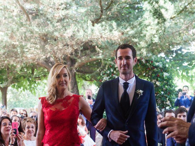 La boda de Héctor y Carla en Sant Fost De Campsentelles, Barcelona 25