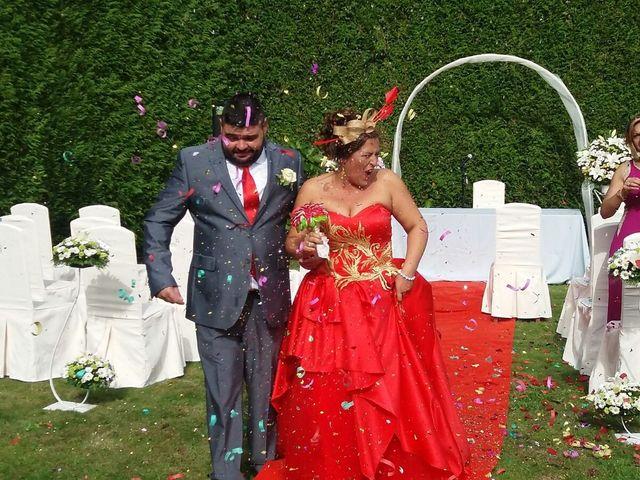 La boda de MARIA y SANTI en Ordes (Ordes), A Coruña 1