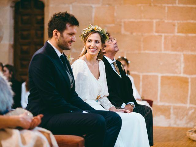La boda de Diego y Elena en Santa Gadea Del Cid, Burgos 12