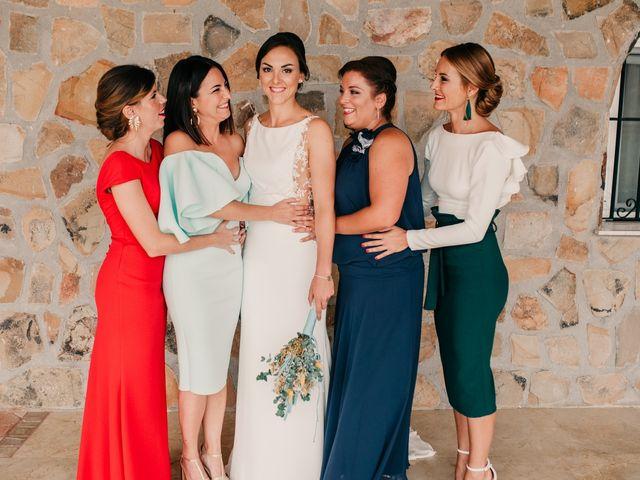 La boda de Laura y Erika en La Cañada De Calatrava, Ciudad Real 27