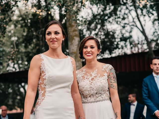 La boda de Laura y Erika en La Cañada De Calatrava, Ciudad Real 65