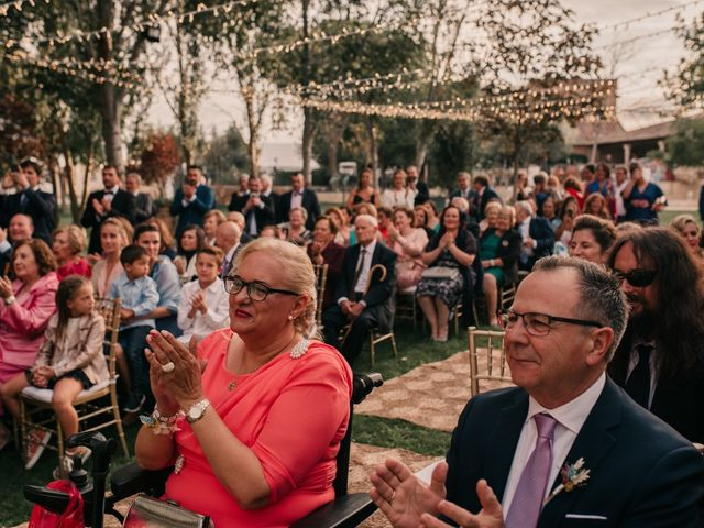 La boda de Laura y Erika en La Cañada De Calatrava, Ciudad Real 89