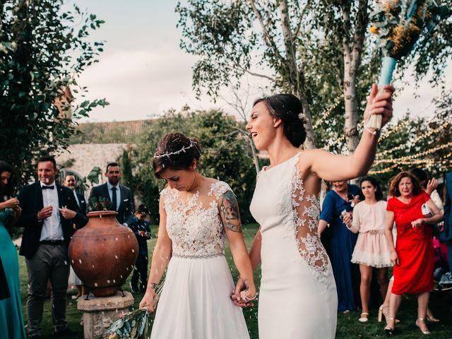 La boda de Laura y Erika en La Cañada De Calatrava, Ciudad Real 91