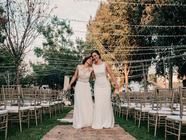 La boda de Laura y Erika en La Cañada De Calatrava, Ciudad Real 107