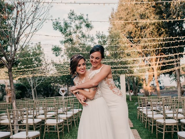 La boda de Laura y Erika en La Cañada De Calatrava, Ciudad Real 108