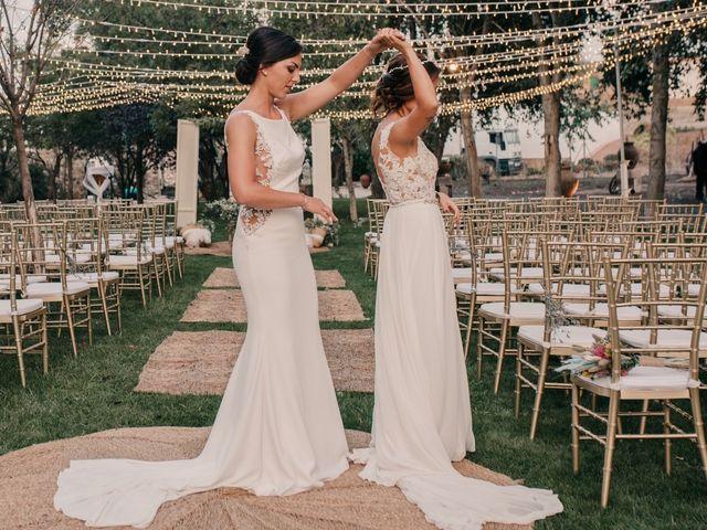 La boda de Laura y Erika en La Cañada De Calatrava, Ciudad Real 117
