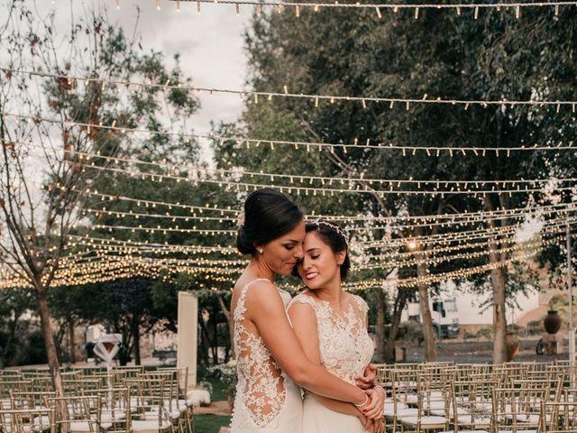 La boda de Laura y Erika en La Cañada De Calatrava, Ciudad Real 120