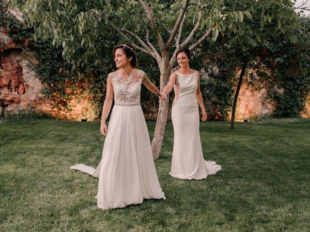 La boda de Laura y Erika en La Cañada De Calatrava, Ciudad Real 124
