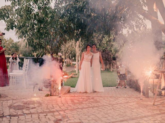 La boda de Laura y Erika en La Cañada De Calatrava, Ciudad Real 126